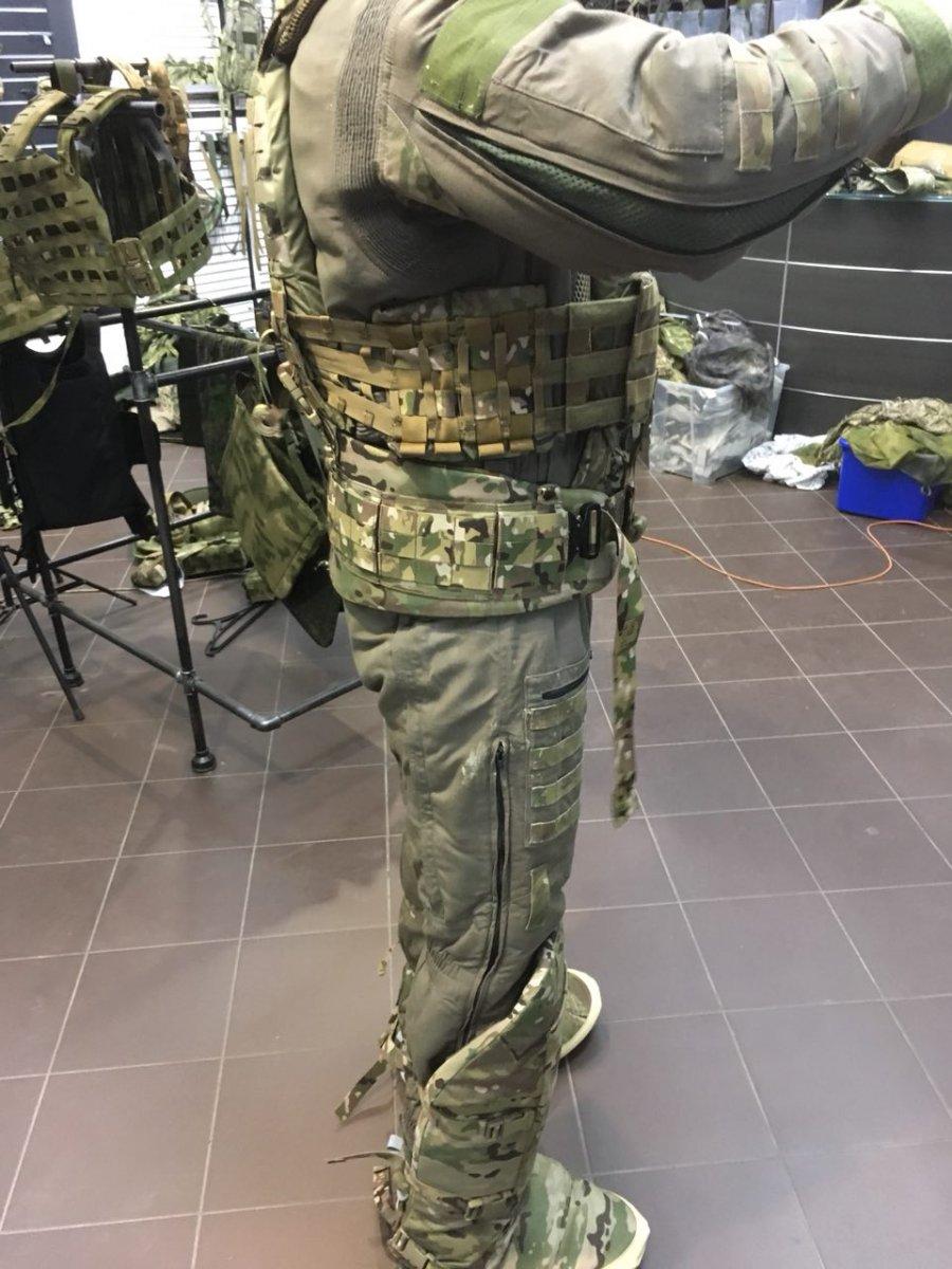 Gear Craft бронепоножи щитовика (04).jpg