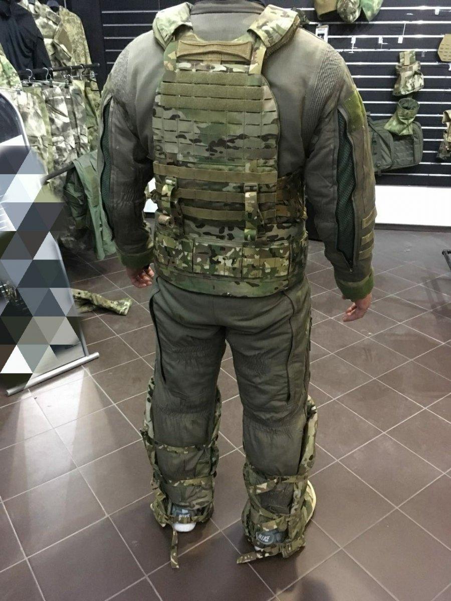 Gear Craft бронепоножи щитовика (05).jpg