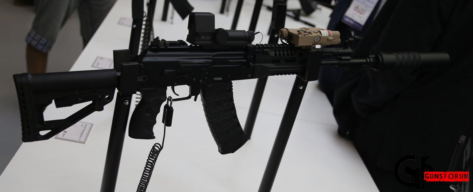 проноразмерный АК-12