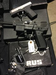 Пистолет Intratec .22LR
