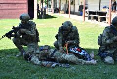 Отработка оказания первой помощи на поле боя